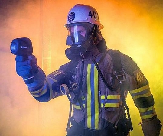 Safety Tips When Using the Thermal Camera for Firefighting